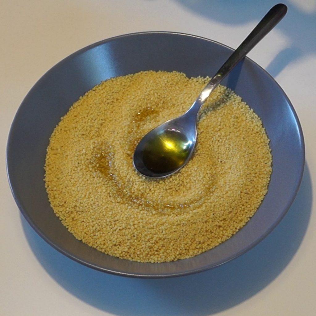 Préparation de la semoule de couscous
