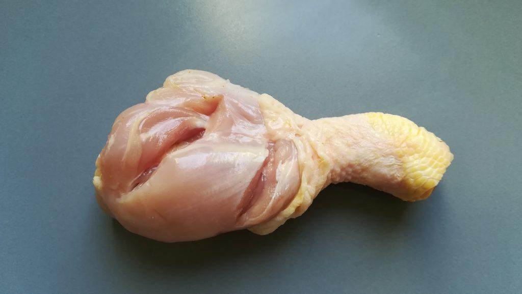 Taillaider la cuisse de poulet
