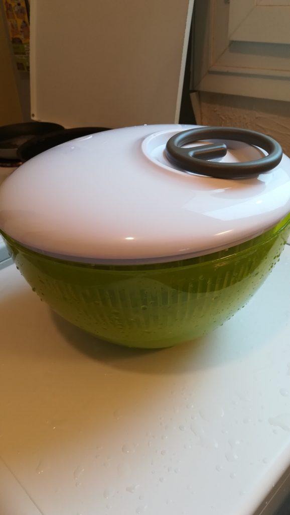 Éssoreuse ou centrifugeuse à salade