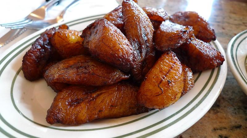 Platains mûres frites