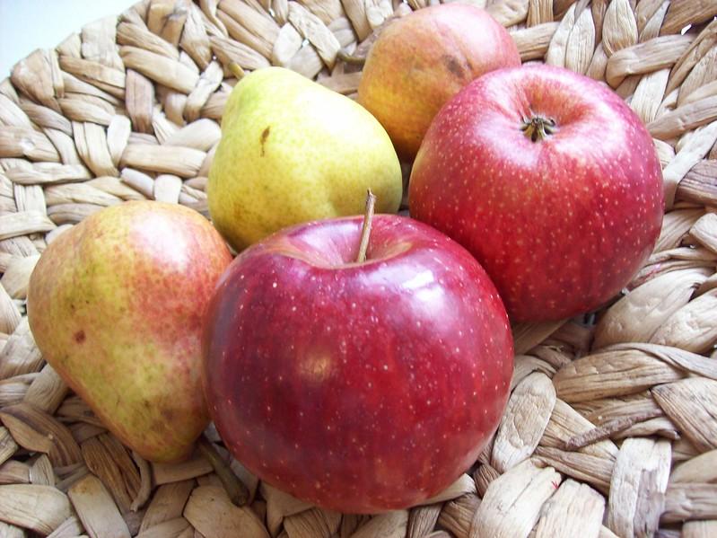 Les pommes et poires sont des fruits de saison