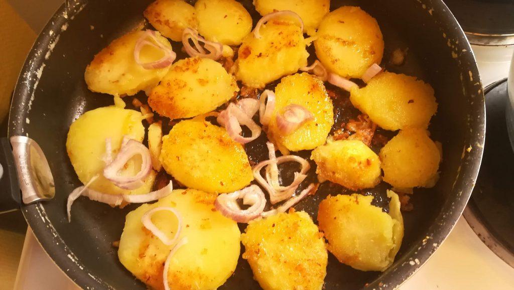 Pommes de terre et échalote