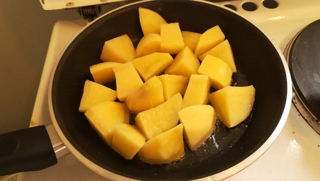 Pommes de terre rissolées pour choux de Bruxelles faciles
